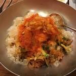 焼肉 千里 - ビビン麺:冷たいスープの代わりに凍らせたスープ