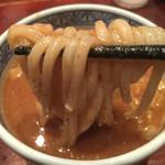 三田製麺所  - つけ汁を潜らせて♡