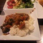 Banebagusu - カレーとサラダ