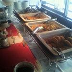 Banebagusu - 料理ゎ窓際の明るい場所で、両側からアクセス可!
