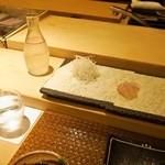 鮨 棗 - お造りには日本酒ですよねぇ