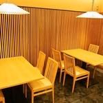 鮨 棗 - テーブル席
