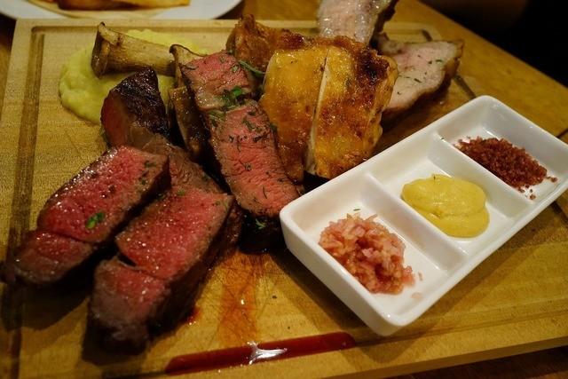 塊肉&クラフトビール BLOCKS 中野店の料理の写真