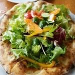 44183263 - 野菜のピザ 1,400円