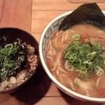 鯛だしそば・つけ麺 はなやま - 鯛だしそば(醤油)&鶏そぼろご飯