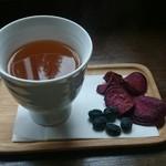 age - ごぼう茶 お菓子つき