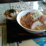 越王らーめん - かつ丼セット(ネギミソラーメン)