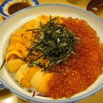 4419935 - ウニくら丼3300円