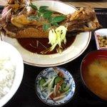 永田ドライブイン - まぐろカマ煮定食!(2015,11/01)