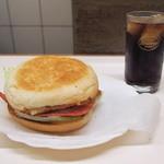 ブルースカイ - ベーコンベーコンチーズエッグバーガー(600円)