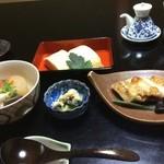 山ばな平八茶屋 - 朝食がまた美味しい。