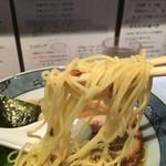 藤堂 - 細めなストレート麺