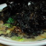 博多ラーメン ぞんたく - 赤とんこつ(中)バカ海苔です