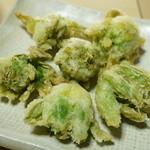 民宿すぎの子 - ふきのとうの天ぷら(サービス)