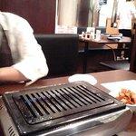 焼肉グレート - 網と換気の筒
