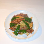 東光飯店 - 辣子牛肉(牛肉と唐辛子の炒め)