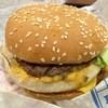 バーガーキング - 料理写真:こっちのBIGを食べながら