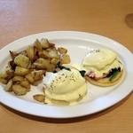 44212983 - Eggs Benedict Standard