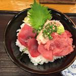 さかな屋すし 魚健 - 料理写真:151108 まぐろ3色丼