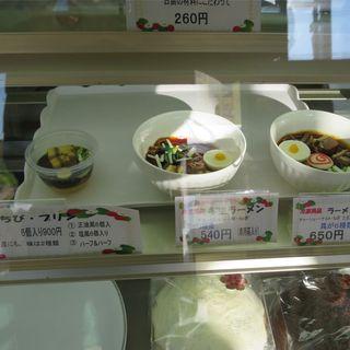 パサパ - 料理写真:ケース内のサンプル