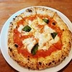 akamichi pizza - マルゲリータ 880円