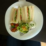 44223261 - サンドイッチランチのメイン・サンドイッチ