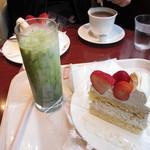 イタリアントマト カフェジュニア - アイス抹茶ラテ&いちごショートケーキ