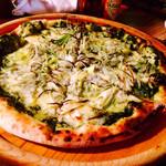 桔瓜 - シラスとネギのピザ