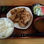 七フクロウ - コンビ定食の「しょうが焼き&若鶏の唐揚げ」780円
