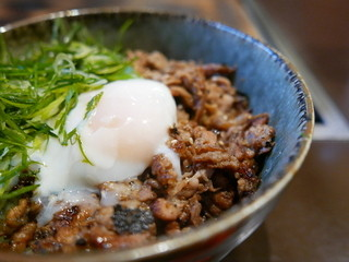 鉄板焼物 やちむん - 炙り豚味噌丼(並)630円