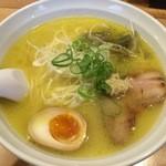 44230506 - しおラーメン(ストレート麺)750円