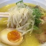 44230516 - しおラーメン(ストレート麺)750円