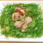 セブンイレブン - 料理写真:鶏の柚子胡椒焼ねぎ塩焼そば 2015.10