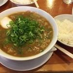 ミスター パピー - ビーフカレーラーメン(700円)+おいしいご飯大ランチサービス