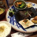我留慕 - 2015/11/8 本日は夕膳セットをいただきました(^_^)v 1800円