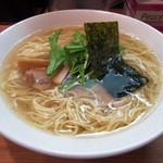らーめん夢心 - 白醤油ラーメン(中盛)