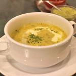 44237105 - スープ。 まいうー♪