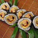 吉廼家 - 店の看板メニュー上巻き寿司
