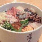 4424558 - 海鮮丼2600円