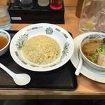 日高屋 - チャーハン+半ラーメン