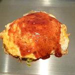 おーは - 「広島風お好み焼き 肉・玉・そば」(650円)+「イカ天」(150円)
