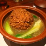 漢陽楼 - 清燉獅子頭(大きな肉団子澄スープ蒸し)