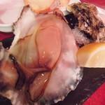 ピンゼ ロカ - 生牡蠣