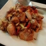 シーロム - 鶏肉とカシューナッツ炒め