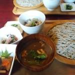 そばの花 - 料理写真:鴨せいろ1200円
