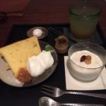 喫茶 苔 - 黒糖のパンナコッタ、シフォンケーキ