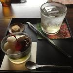 喫茶 苔 - 抹茶白玉あんみつ、梅ジュース