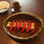 喫茶 苔 - トマトとカマンベールのカプレーゼ風