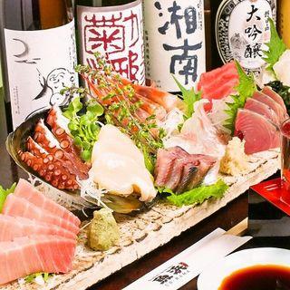 新鮮な魚介を使った四季折々の料理