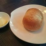 44262626 - パンとバター